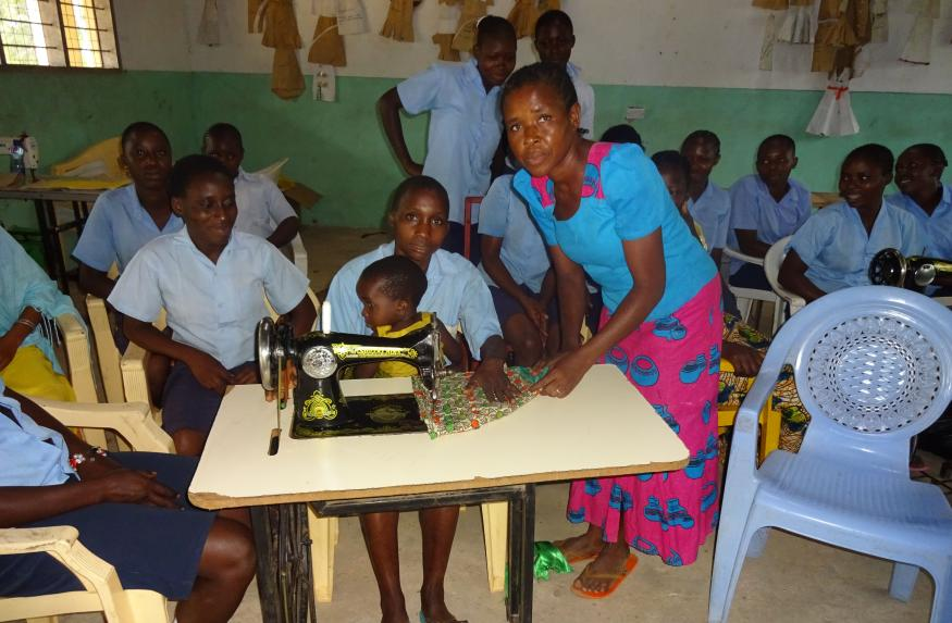 Tr Elizabeth is Dama's dressmaking instructor. She is dedicated in her work, empowering the young mothers to learn the skill so that they can earn a living for themselves.